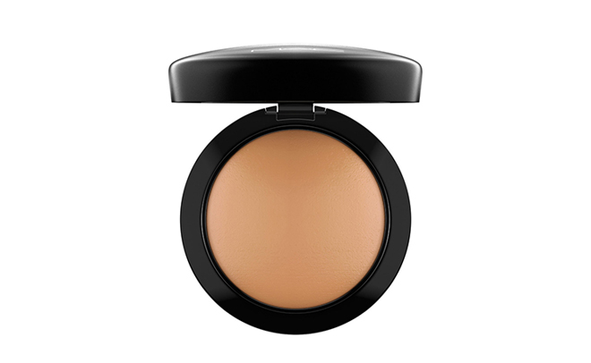 mac face and body foundation application